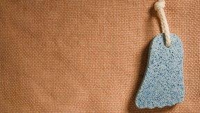 La piedra pómez ofrece un tratamiento rápido y eficaz de los callos.