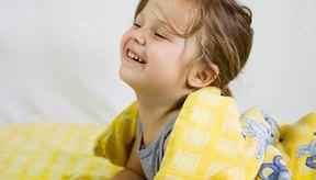 Las caídas de la cama generalmente no son serias, pero los niños deberían ser observados de que no tengan ninguna lesión.