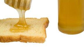 La miel cruda es un edulcorante natural que tiene beneficios para la salud.