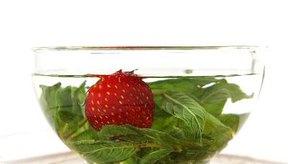 A pesar de ser naturales, los tés de hierbas pueden provocar daños en el feto por la estimulación uterina durante el embarazo.