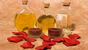 El aceite de árbol de té puede combatir el acné.