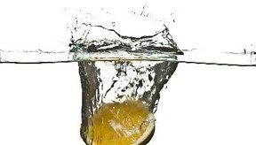 Agua con sabor a limón para variar.
