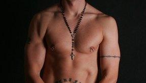Las perforaciones corporales son una forma de arte corporal.
