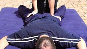 El masaje puede ayudar a los atletas a prepararse mentalmente para la competición.
