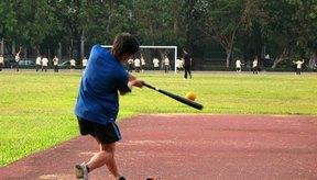 Trata de batear con poder en cada lanzamiento conducirá a un jugador a comenzar a colocarse debajo de la pelota.