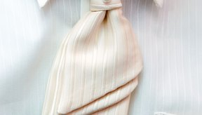 Evita utilizar la secadora para prevenir fijar las manchas de las axilas.