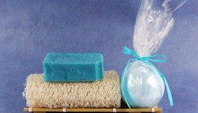 Rejuvenece tu piel con una crema exfoliante con sal marina y menta.