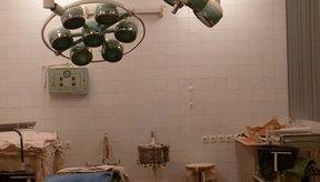 El aborto quirúrgico regularmente se lleva a cabo en una instalación de abortos para pacientes ambulatorios.