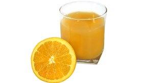 El zumo de naranja hace que el azúcar en la sangre se eleve, pero no tan rápido como otros alimentos.
