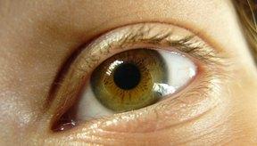 La presión sanguínea alta puede causar daño a la retina.