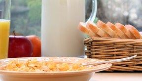 Las frutas, vegetales, granos y productos lácteos contienen glucosa y fructosa.