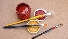 El zinc también se encuentra en muchos productos industriales, tales como pinturas, colorantes, conservantes de madera.