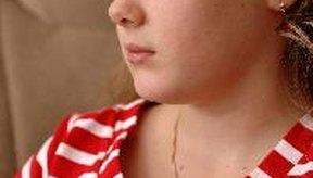 El primer período se llama menarca y puede aparecer entre los 8 y los 14 años.