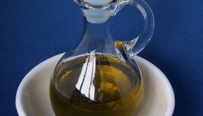 El aceite de oliva es saludable para cocinar y hornear.