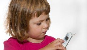 Termómetro utilizado para revisar la temperatura de un niño.