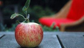 Las manzanas Fuji son de color rojo claro y contienen varios nutrientes diferentes.