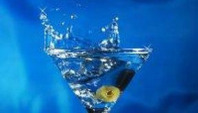 Beber alcohol excesivamente puede afectar tu corazón.