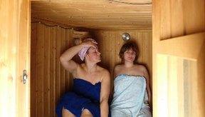 Los saunas incrementan la sudoración del cuerpo.