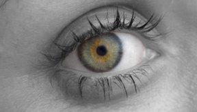 A medida que el cuerpo envejece, la pupila se vuelve naturalmente más pequeña.