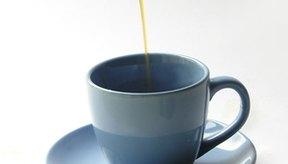 El té blanco y el verde aportan cafeína, pero en menor cantidad que el negro.