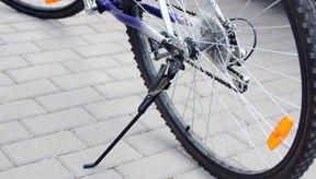Sacar la rueda trasera puede ser complicado.