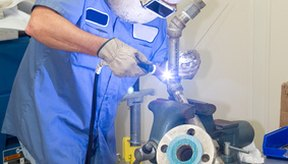 El argón se utiliza en la industria durante los procesos de soldadura.