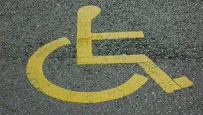 No dejes que estar confinado a una silla de ruedas te mantenga alejado del ejercicio físico.