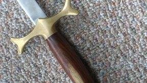 Las espadas fueron usadas en las tradiciones orientales y occidentales.