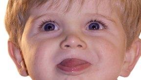 Evita las ampollas en la boca de los niños con algunos cuidados básicos.