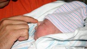 La congestión nasal infantil puede aliviarse con gotas de solución salina.