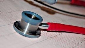 La frecuencia cardíaca disminuye a medida que aumenta el volumen de accidentes cerebrovasculares.