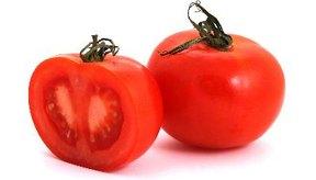 Un tomate que recién se corta de la viña tiene la mayoría de los nutrientes.