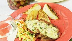 Un pollo bien preparado puede ser una comida baja en grasa.