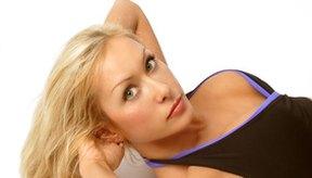 Las pesas de tobillo pueden agregar resistencia a tu entrenamiento de abdomen.