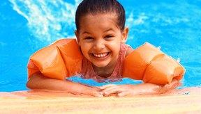 Conoce algunas ideas de juegos para clases de natación.