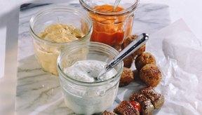 Puedes incluir hummus, yogur y carne de res a tu lista de compras para la primera fase de la dieta South Beach.