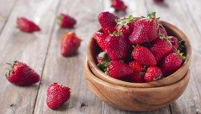 Un tazón de fresas.