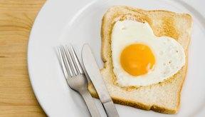 Los huevos proporcionan hierro, vitamina B12 y riboflavina para ayudar a prevenir la anemia.