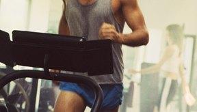 Ponte en buena forma física y mentalmente al ir al gimnasio regularmente.