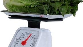 Cortar las verduras a la mitad libera algunos de los tiocianatos y reduce su amargura.