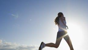 Practica intervalos de entrenamiento para perder grasa no deseada.