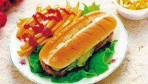 Evita los alimentos fritos y grasosos.