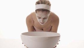 Mantén limpios tus poros para deshacerte del acné.