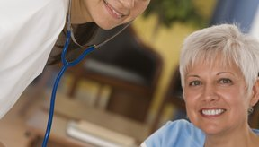 Con tratamiento y cambios en el estilo de vida, la mayoría de las personas con hipertensión pueden controlar su presión arterial.