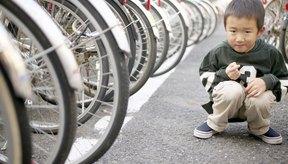 Los ganchos de remolque permiten a los niños unirse a los paseos más largos.