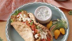 El yogur griego se sirve en muchos platos de ese país.