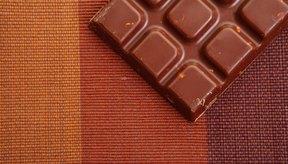 Satisface tu antojo por algo dulce con una barra pequeña de chocolate.