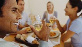 El consumo de bebidas alcoholicas es un factor de convivencia e integración social.