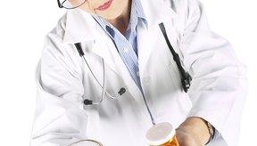 El gran consumo de alcohol podría afectar la curación de los huesos.