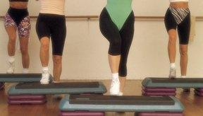 El Aeróbic step es un tipo de ejercicio que puede ayudarte a perder peso.